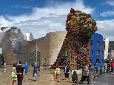 Ver Puppy de Jeff Koons en el Guggenheim Bilbao