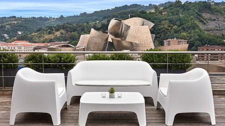 Disfrute del sitio más famoso de Bilbao, el Guggenheim de Frank Gehry, desde la azotea de su hotel